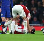 Emery 'not positive' over Bellerin injury