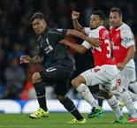 Arsenal et Liverpool se neutralisent