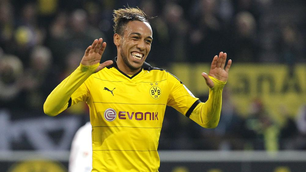 Pierre-Emerick Aubameyang earned a 3.9 million dollar salary, leaving the net worth at 12 million in 2017