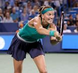 Kvitova sees off Serena in Cincinnati classic