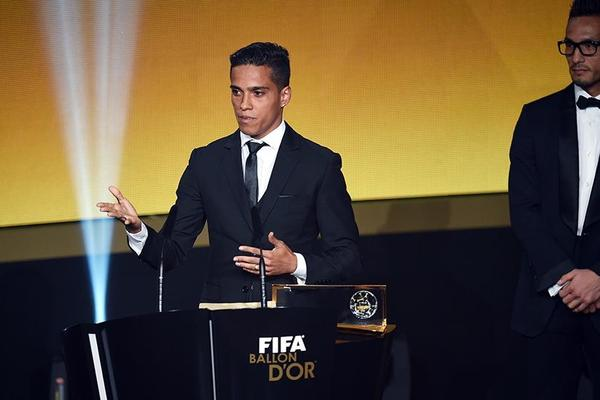 Unknown Brazilian stuns Messi for Puskas award
