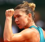 Halep Battles Through Rain-Interrupted Rogers Cup Opener