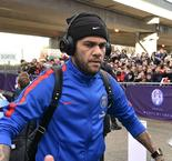PSG must prove we are more than just money - Alves' rallying cry