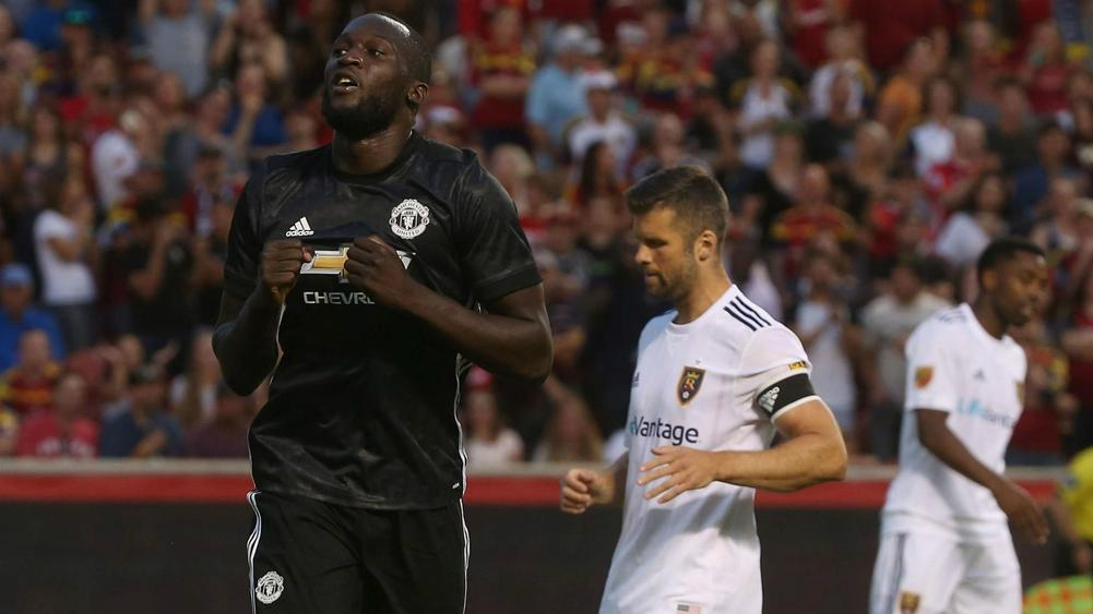 Mourinho explains what he told Lukaku just before goal
