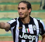 Martin Caceres Completes Move to Southampton