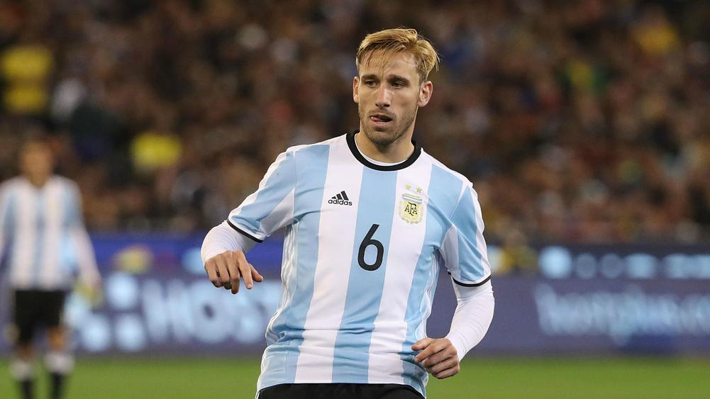 AC Milan announce midfielder Lucas Biglia as ninth summer signing