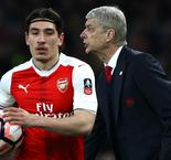 Arsene Wenger Laughs Off Hector Bellerin To Barcelona Talk
