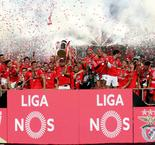 Benfica crushes Santa Clara to clinch title
