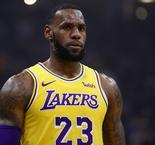 Durant: It's difficult to play with LeBron James