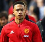 United waiting for 'reasonable' Depay bid, says Mourinho