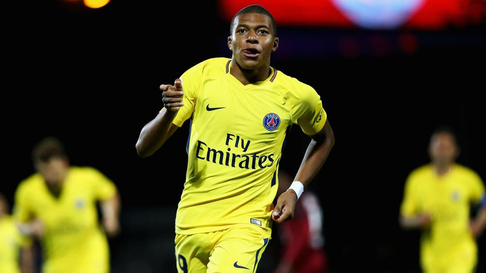 Agent: Mbappe wanted Barca