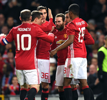 Manchester United 2-0 Hull City: Mata y Fellaini dejan al United con un pie en la final