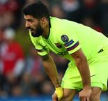 Suarez Responds To Questions Over Barcelona Commitment