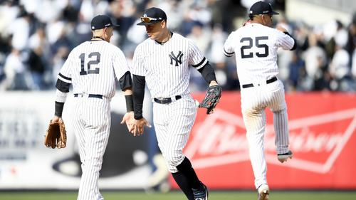 Several Yankees on the field representing the strength of their lineup in 2019 | beIN SPORTS