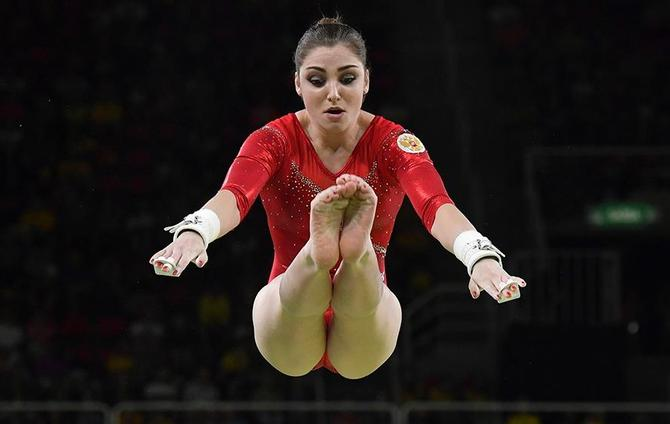 Russian gymnast Mustafina wins uneven bars gold - beIN SPORTS