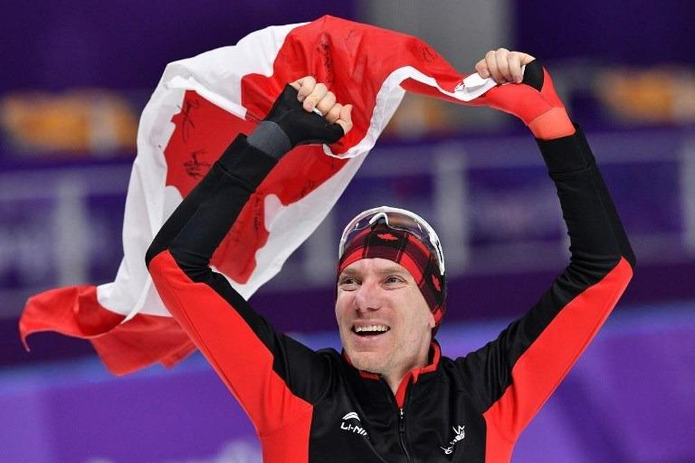 Canadian speedskater Bloemen wins gold in men's 10000 metres — CP NewsAlert