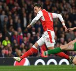 Ozil bags hat-trick in Arsenal rout
