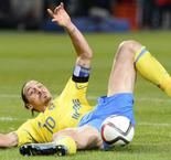 Ibrahimovic frustrated as Sweden fade in play-off win