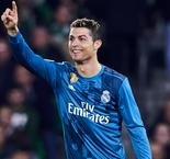By the numbers: Ronaldo's 300