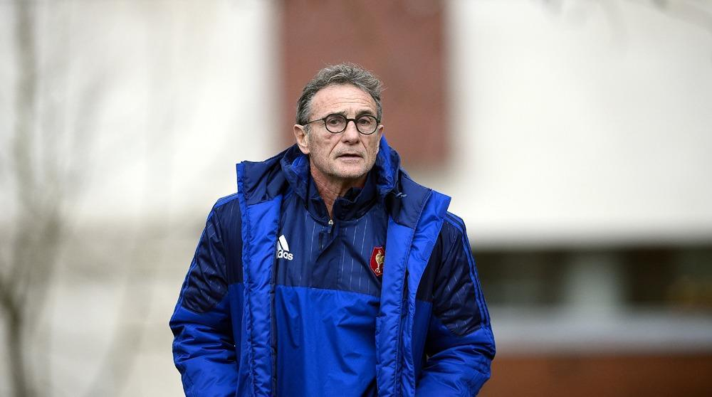 Thomas in as noves shuffles french pack for ireland for Interieur sport guy noves
