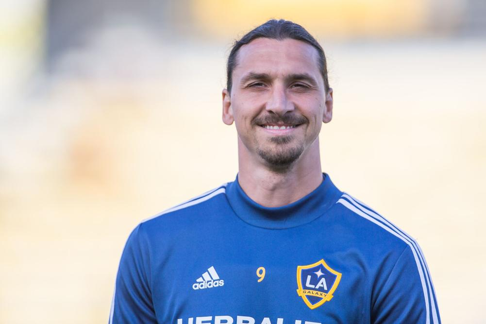 LA Galaxy's Zlatan Ibrahimovic published a unique dream line-up on his Twitter account, with the former Barcelona and Manchester United striker playing in all XI positions. | beIN SPORTS USA