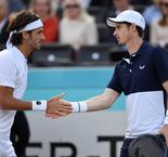Murray en demi-finales du double au Queen's avec Lopez