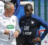 Deschamps flatte Kanté