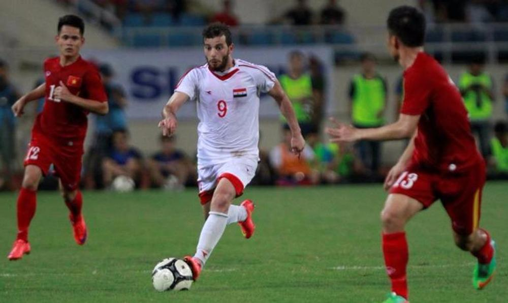 China football chief consoles players after shock Syria upset