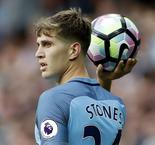Man City-Stones: ''Messi, le meilleur du monde, facilement''