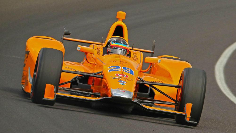IndyCar driver Scott Dixon, retired racer Dario Franchitti robbed at Taco Bell