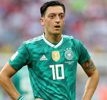 Emery ready to get best out of Ozil at Arsenal