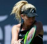 Vandeweghe saves seven match points to take Riske