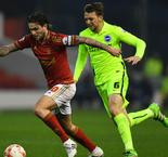 Sidwell snatches vital late winner