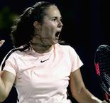 Curtains for Konta and Ostapenko in Dubai