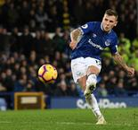 Digne salvages draw with 96th-minute free-kick