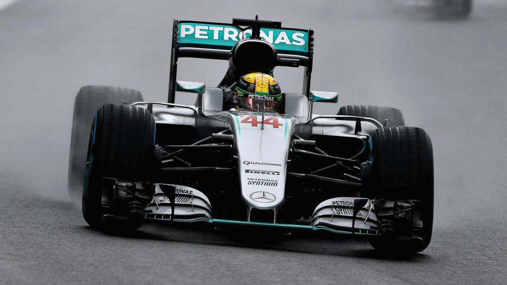 F1: Lewis Hamilton Won a Pole to Flag Brazilian Grand Prix