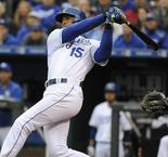 Royals smash Samardzija on White Sox debut