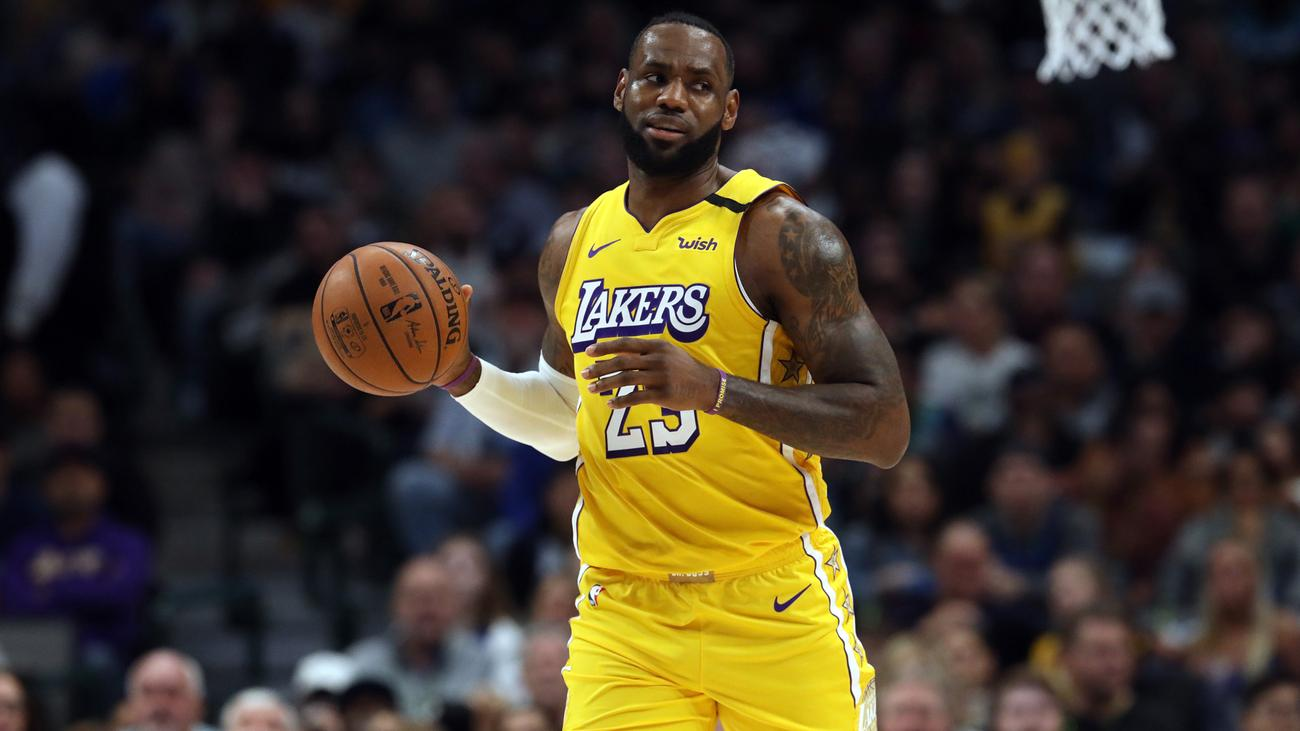Lakers Win Seventh Straight Leonard Lifts Clippers