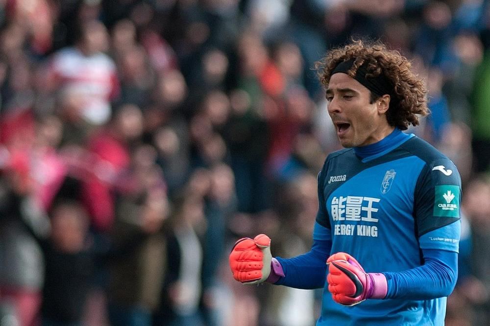 Mexico Goalkeeper Guillermo Ochoa Moves to Standard Liege