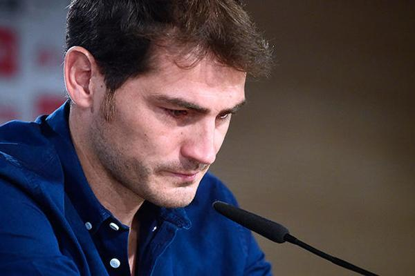 Iker Casillas Leaves Real Madrid for Porto