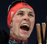 Frenzel's late surge ensures German athlete retains  Nordic Combined gold
