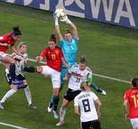 Germany on course to avoid USA after tight Spain win