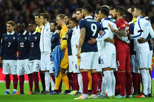 Football unites: Wembley sings Marseillaise in Paris tribute
