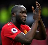 Lukaku en route to Milan ahead of reported Inter move