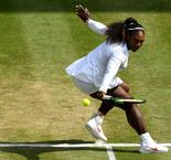 Williams cruises into 10th Wimbledon final