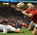 Cardiff Blues signs Wales winger Adams