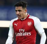 Sanchez left out of Arsenal squad amid transfer rumours