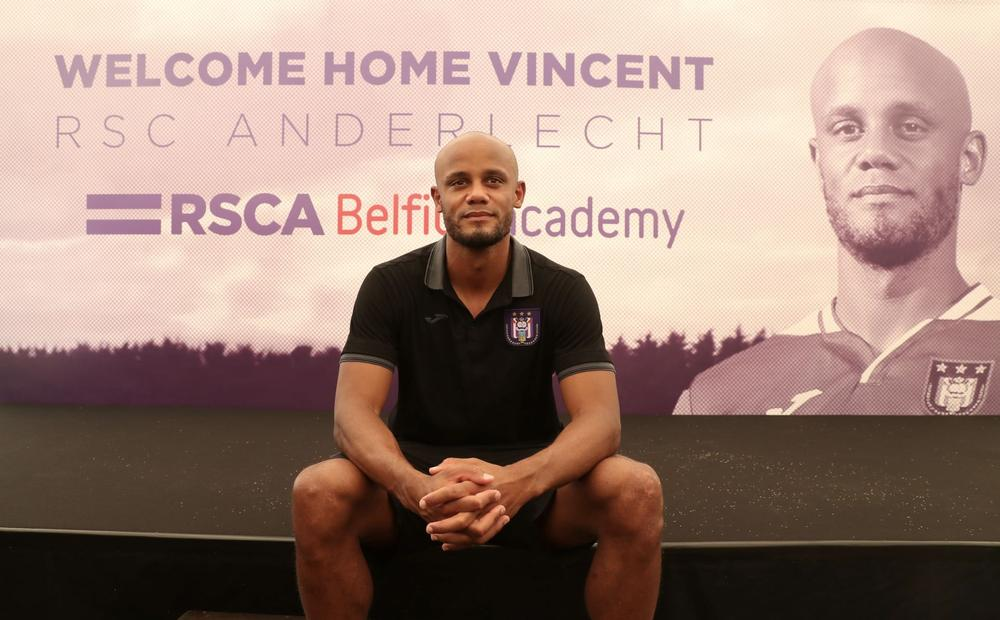 Soccer Football - Anderlecht - Vincent Kompany Press Conference - Neerpede Training Center, Brussels, Belgium - June 25, 2019 Anderlecht Player-Coach Vincent Kompany poses for a photograph during the press conference | beIN SPORTS