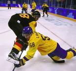 HOCKEY SUR GLACE  - Hommes:  Sweden 3 Germany 4