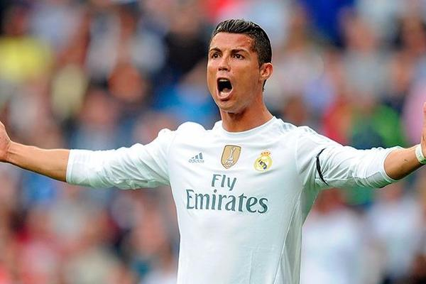 Cristiano Ronaldo breaks Raul's all-time goalscoring record for Real Madrid
